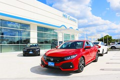 Hill Country Honda Dealership - Red Civic Si
