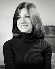 Valerie_2-13-1976_A058-04