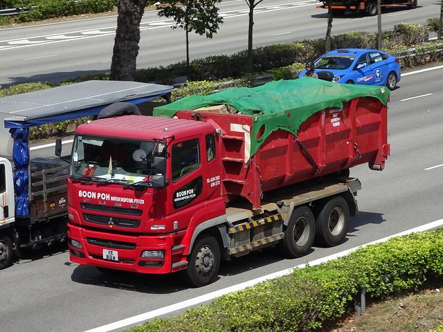 Mitsubishi Fuso FV51SJD2DEA Super Great