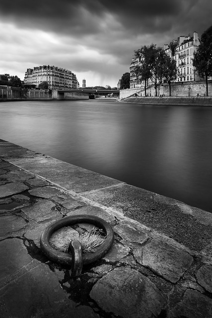 Hooked to the Seine