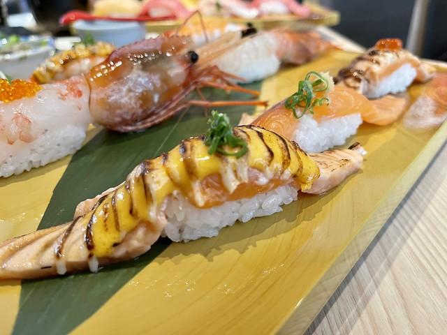 超級特選握壽司拼盤, 鮭魚鮮蝦海鮮拼盤, 特等醃漬生筋子, 壽司美登利, 日本美登利壽司, 台北, 台灣, Taipei, Taiwan