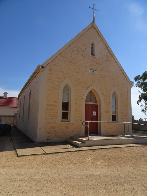 Photo:Loxton. St Petri Lutheran Church and school room built in 1904. By denisbin