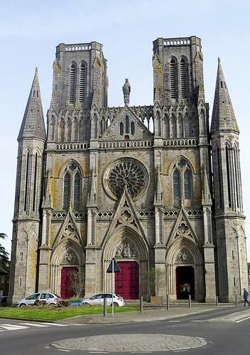 Eglise Notre-Dame-des-Champs à Avranches (Manche)