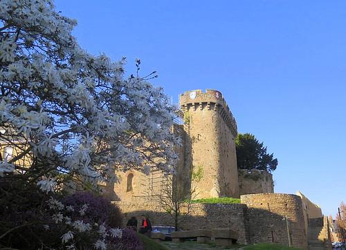 Remparts du château,  Avranches (Manche)