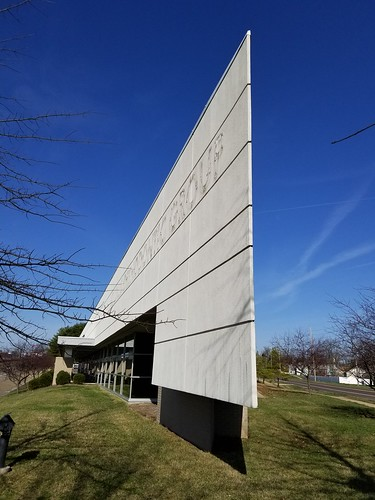 Pointy Building - Fenton, MO_20210321_094936