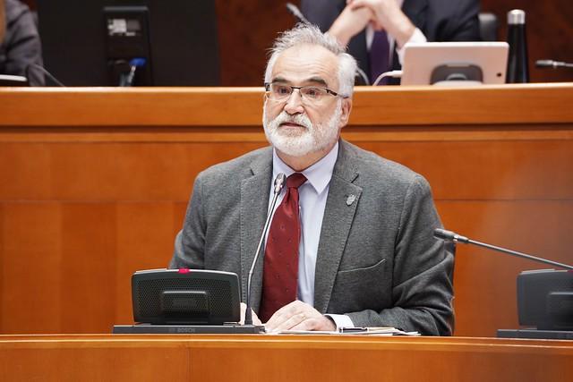 El Lugarteniente en la ponencia de la Ley del Presidente y Gobierno de Aragón