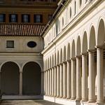 Ala porticata del Chiostro di Michelangelo - https://www.flickr.com/people/82911286@N03/