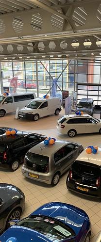 Ballontoef Paasshow Volkswagen Auto Hoogenboom Vlaardingen