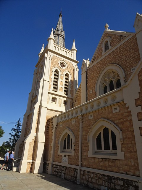 Photo:Loxton. In the Riverland. The eastern facade and bell tower   of the 1925 built St Peters Lutheran Church. Loxton on the River Murray has a population of 4,000 people.. By denisbin