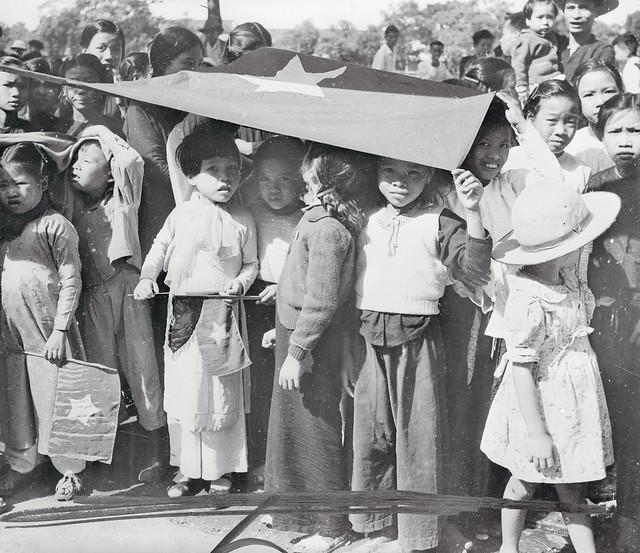 Photo:HANOI 1954 - Small Children Holding Flag Over Their Heads By manhhai