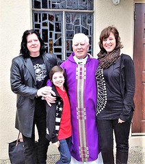 Danny Hynes Ballyfermot Avenue with his Wife Malin and Son Elliot 2015. Photo taken in San Antonio Texas. Church is Our Lady of the Angels.  Thanks to Danny for the photo