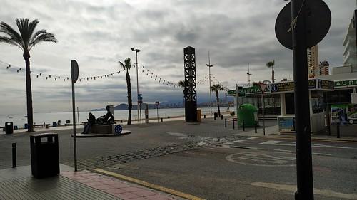 Apartamento situado en segunda línea de playa de Levante, zona llana de Benidorm. Solicite más información a su inmobiliaria de confianza en Benidorm  www.inmobiliariabenidorm.com