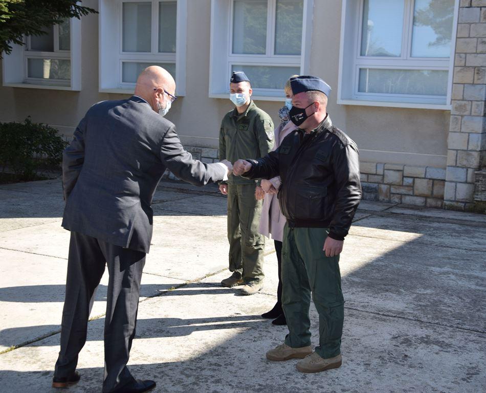 Veleposlanstvo Izraela doniralo interaktivnu ploču PP eskadrili