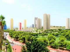 situado en la zona de Via parque de Benidorm, con fabulosas vistas. Solicite más información a su inmobiliaria de confianza en Benidorm  www.inmobiliariabenidorm.com