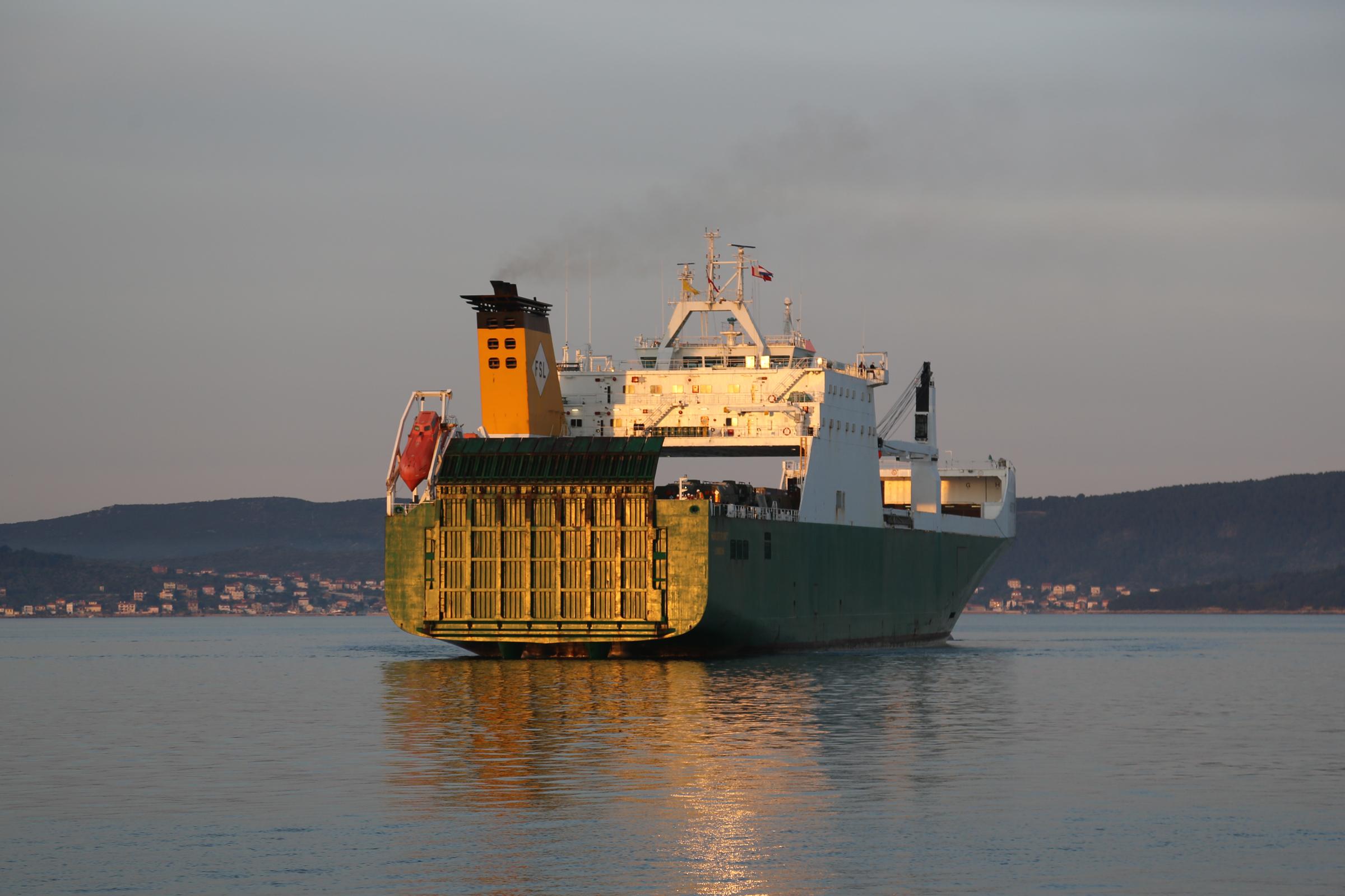 Britanskim brodom dopremljena oprema za potporu vježbe Immediate Response 21