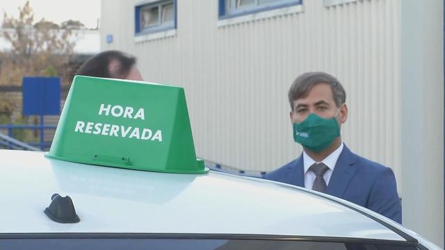 Photo:Revisión técnica en La Reina. 27 04 2021 By Mediabanco
