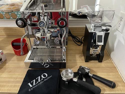Izzo Vivi PID with Flow Control