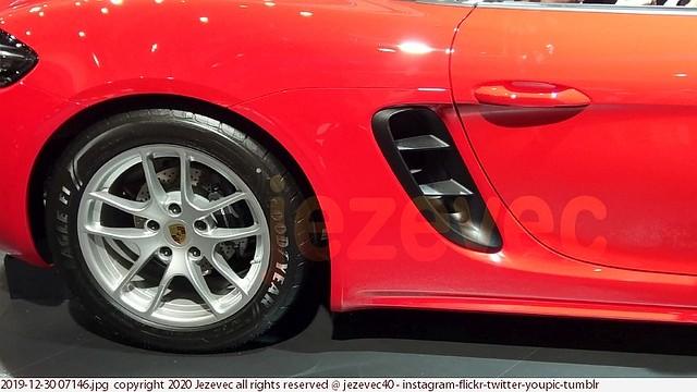 2019-12-30 07146 Porsche 2020 Taipei International Auto Show