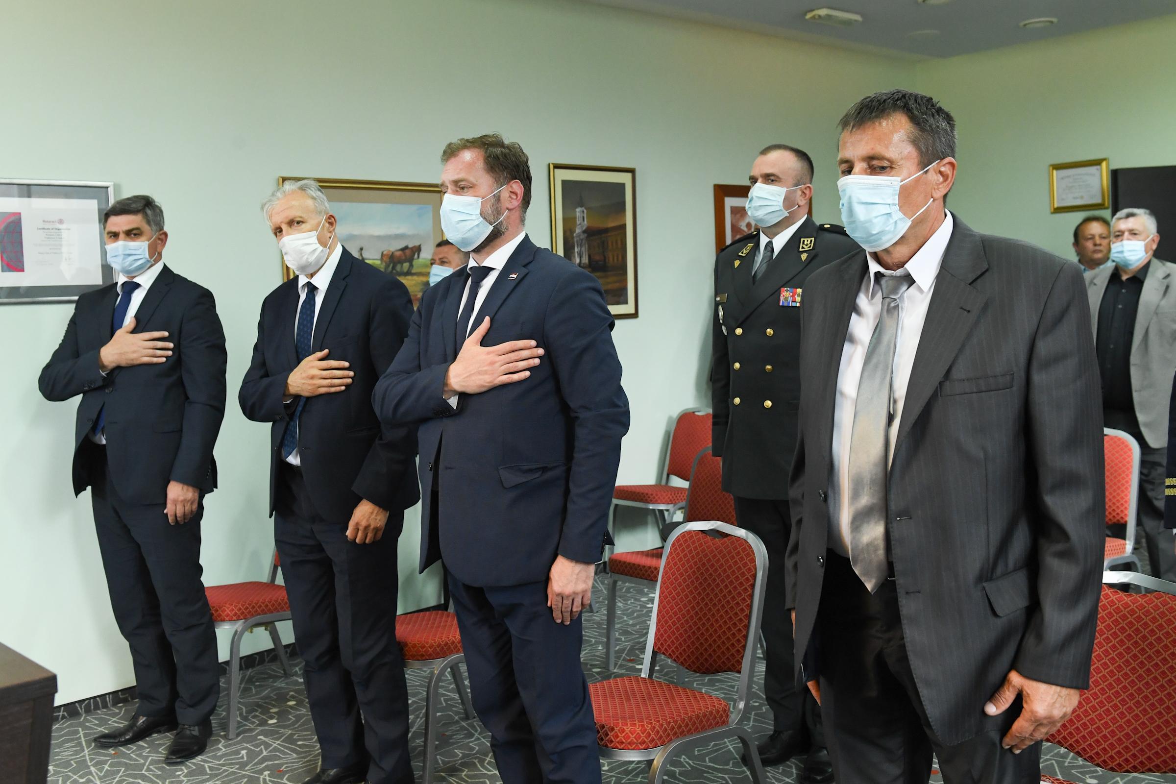 Ministar Banožić na 30. obljetnici pogibije 12 redarstvenika u Borovu