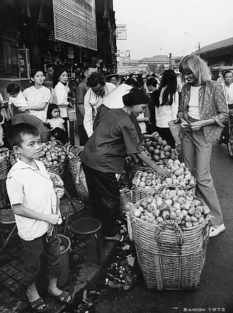 Photo:SAIGON 1973 - Ines Kummernuss Lunardi buying fruits By manhhai