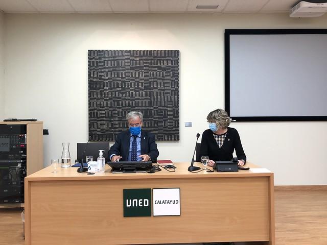 Visita y conferencia en UNED Calatayud