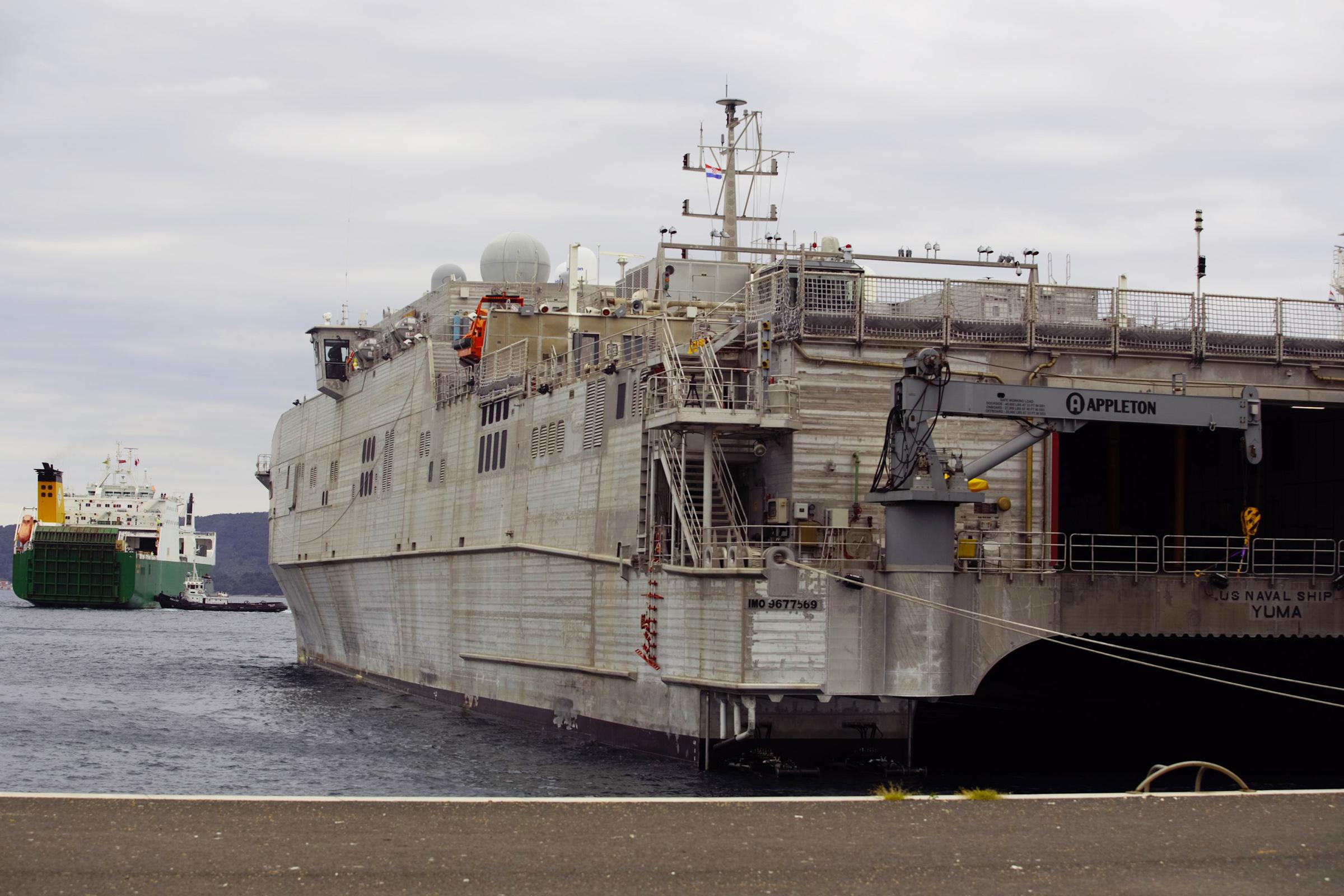Američka vojna oprema za vježbu Immediate Response 21 stigla u Zadar