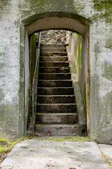 Wall Portal, Dongan Hills