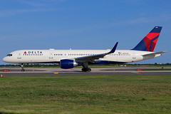 N713TW   Boeing 757-2Q8/W   Delta Air Lines