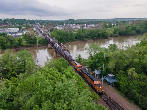 BNSF 8230 (ES44AC) BNSF Train:GHAYFRS Meramec River Valley Park, Missouri