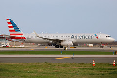 N904AA | Airbus A321-231/W | American Airlines