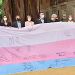 14-5-2021 Bandera Trans al Palau dels Borja.