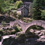 Lavertezzo  Bridge (Bessa R2A / Pro400h)