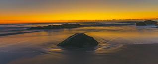 dawn at froggys beach gold coast australia