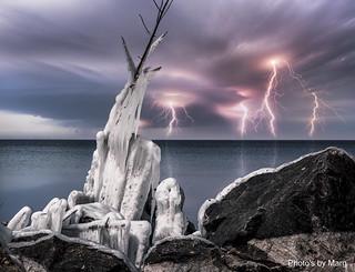 Lightning Bolts-0827-2