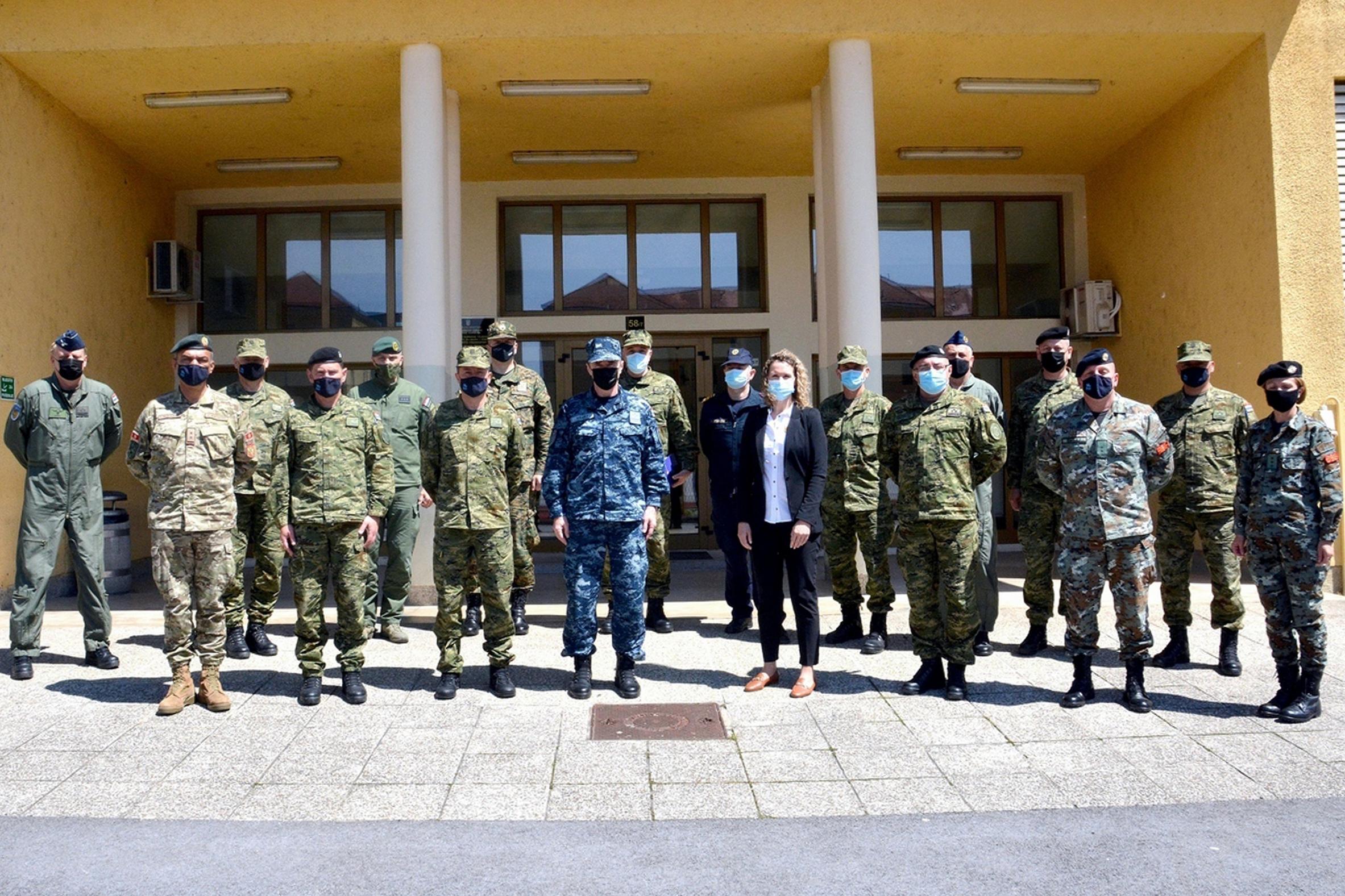 Admiral Hranj održao predavanje polaznicima Ratne škole
