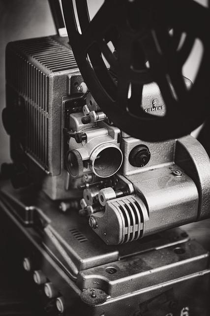 Film gucken? [Siemens 2000 - 16mm Kino-Projektor]