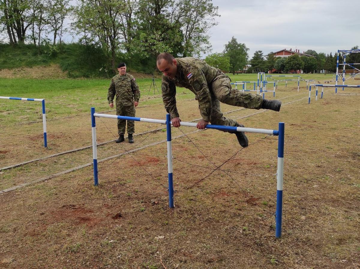 Održano 1. prvenstvo GOMBR-e u savladavanju poligona pješačkih prepreka