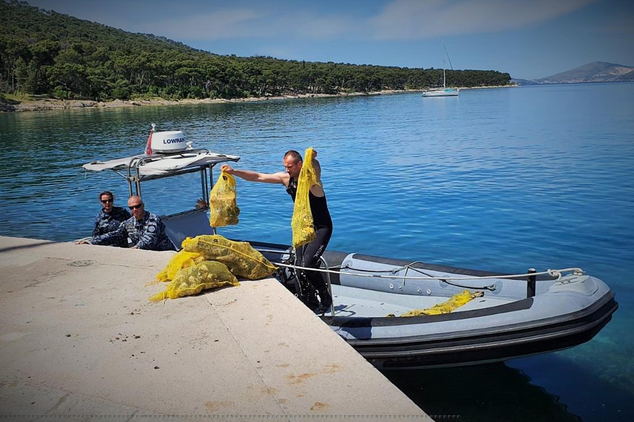 Akcija čišćenja podmorja u povodu 30. obljetnice osnutka Hrvatske vojske