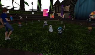30thMay2021: Maggi sings live at Art Walk