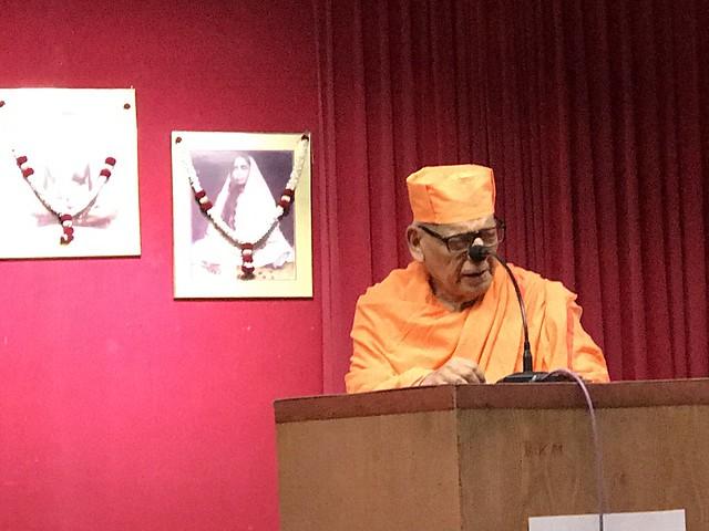 Swami Shivamayananda ji at Singapore Ashrama, Dec 2017 (6)