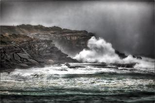 Heavy rain Big wave