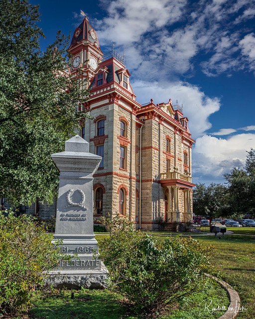 Photo:Confederate Monument To Be Removed From Caldwell County Courthouse Grounds, Lockhart, Texas By myoldpostcards