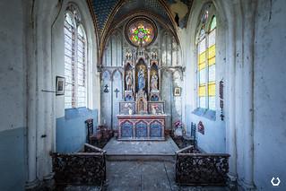 Le culte entre deux chaises