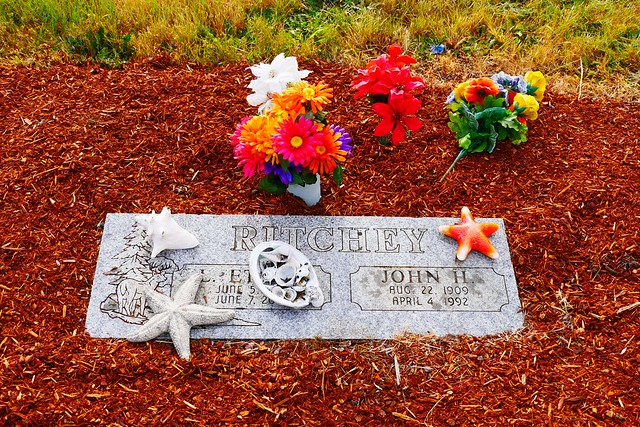 Photo:Ritchey marker in Alsea Cemetery By Only in Oregon