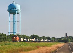 Water Tower marks the spot - blade train