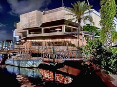 Riverside Grille House Veranda, 10 W Dodecanese Boulevard, Tarpon Springs, Florida, USA / Built: 1975 / Floors: 2 / Exterior Wall: Concrete: Block/Stucco / Interior Finish: Dry Wall / Foundation: Special Footing
