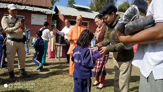 39-Visit of SP & Distribution of Winter Pullovers (5)