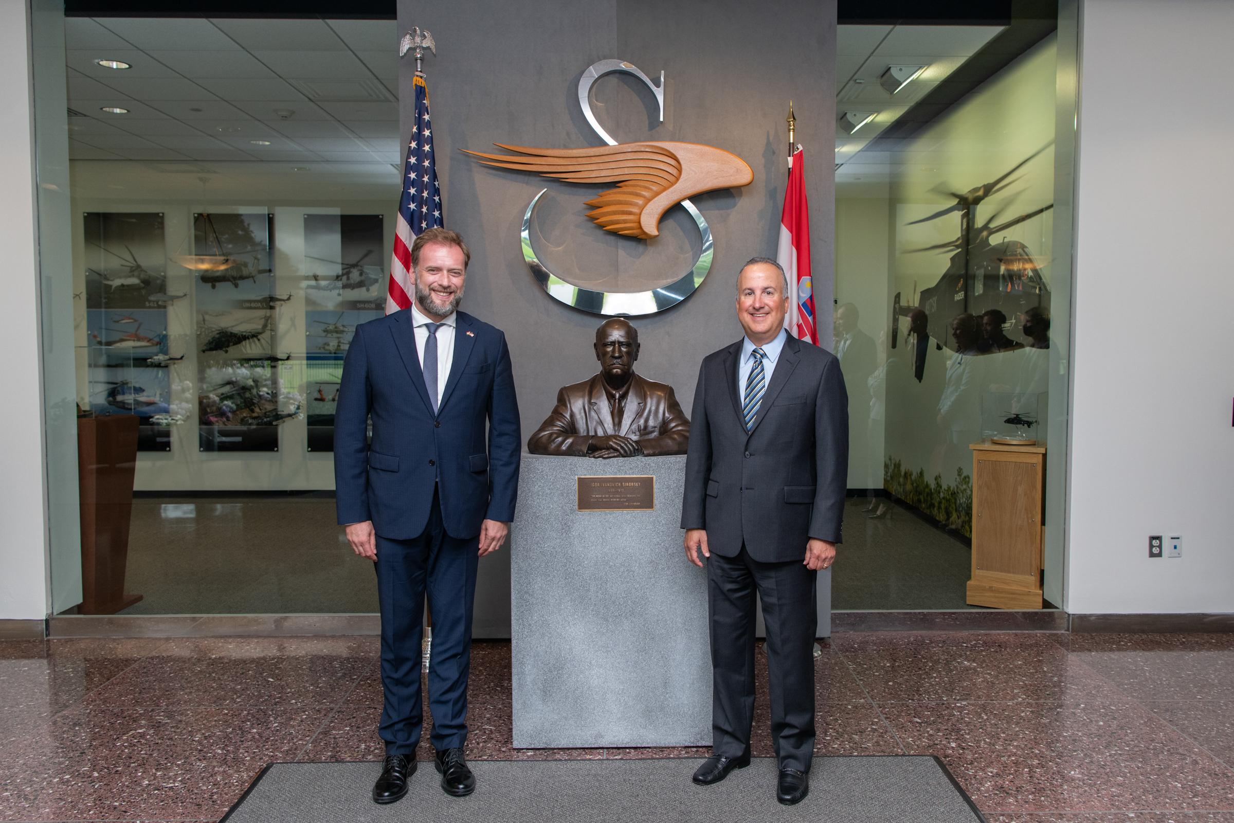 Ministar Banožić i admiral Hranj s izaslanstvom tvrtke 'Sikorsky' u Connecticutu