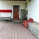 2011-часть-дома-посуточно-в-Полтаве-2_optimized