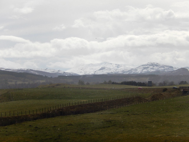 Photo:Fields and mountains seen from Witches Hill, Kingussie, 2021 May 06 By Dunnock_D